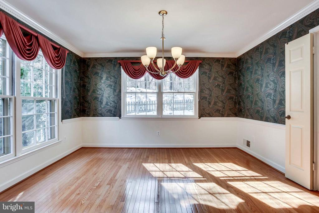 Large Dining Room - 8911 GLADE HILL RD, FAIRFAX