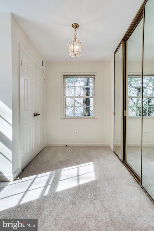 Lots of closets in the Master - 8911 GLADE HILL RD, FAIRFAX