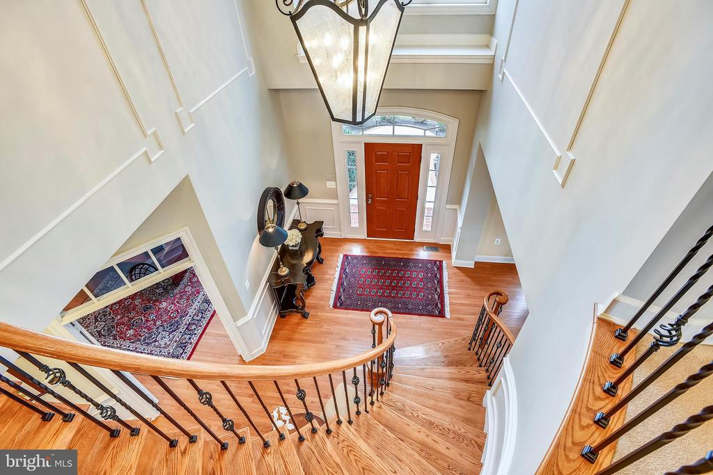 View of Entry Foyer from Upper Level Landing - 43547 BUTLER PL, LEESBURG