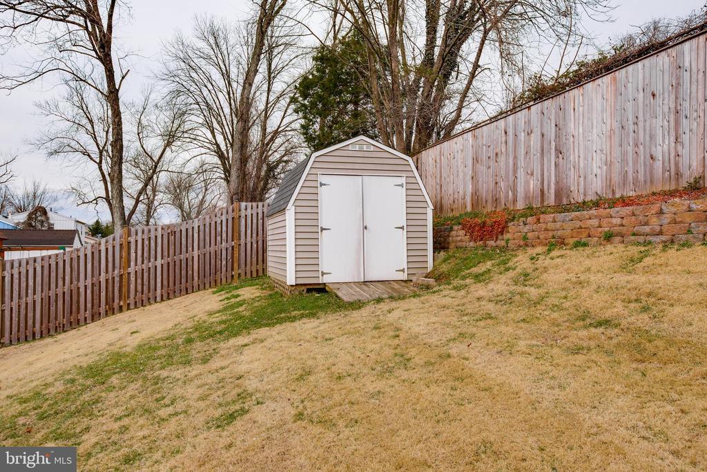Storage shed! - 13131 BEAVER TER, ROCKVILLE