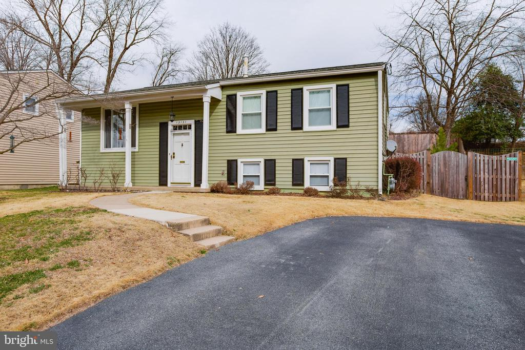 Welcome Home! - 13131 BEAVER TER, ROCKVILLE