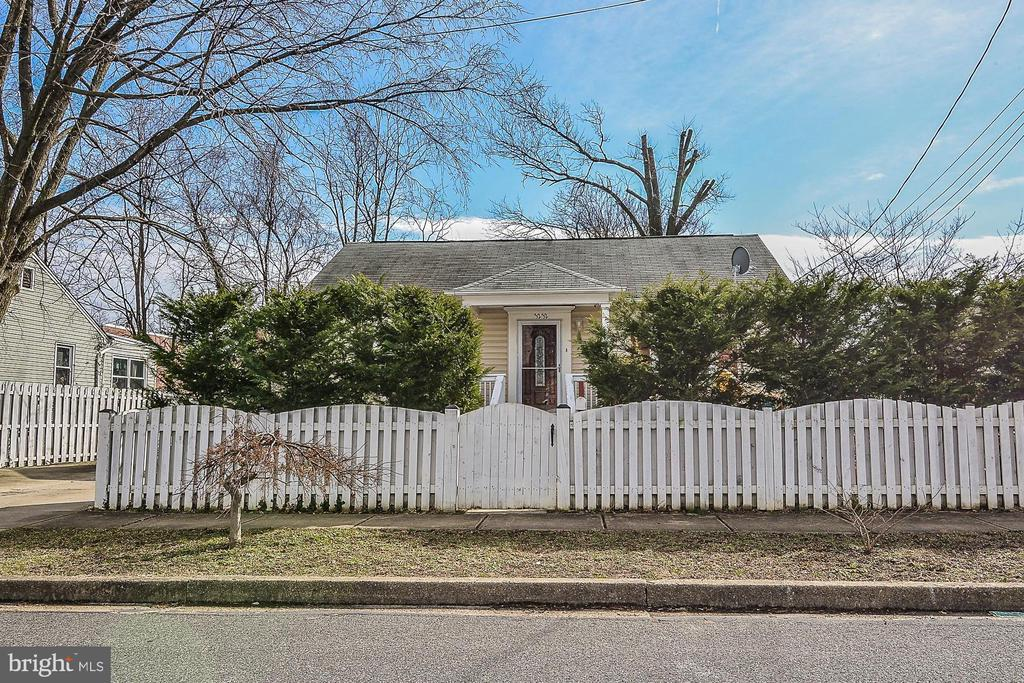Street view;Family daycare home, 4 ft. fence front - 3232 13TH ST S, ARLINGTON