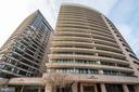 Building - 1200 CRYSTAL DR #1713, 1714, ARLINGTON