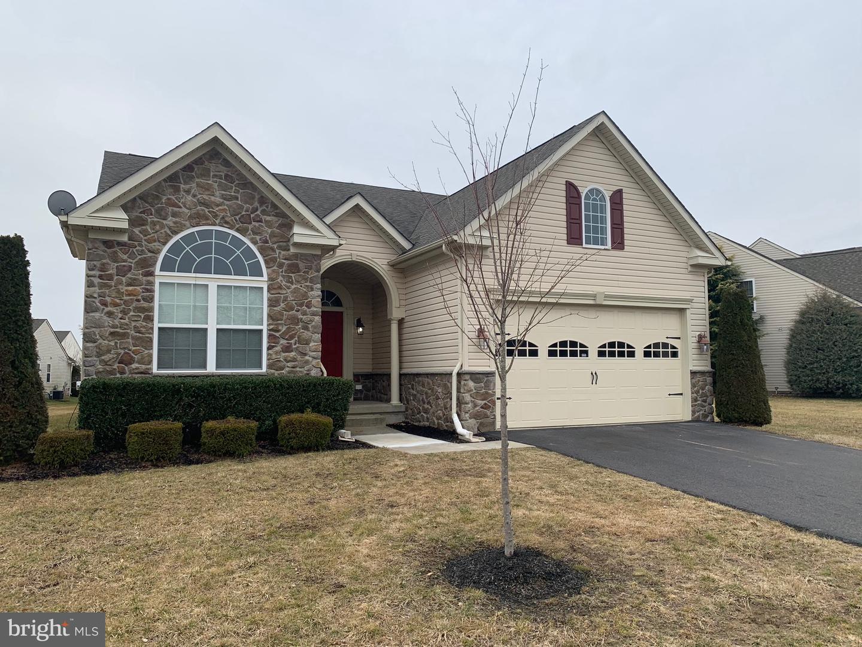 Maison unifamiliale pour l Vente à 115 ABRAMS Drive Drive Florence, New Jersey 08518 États-Unis