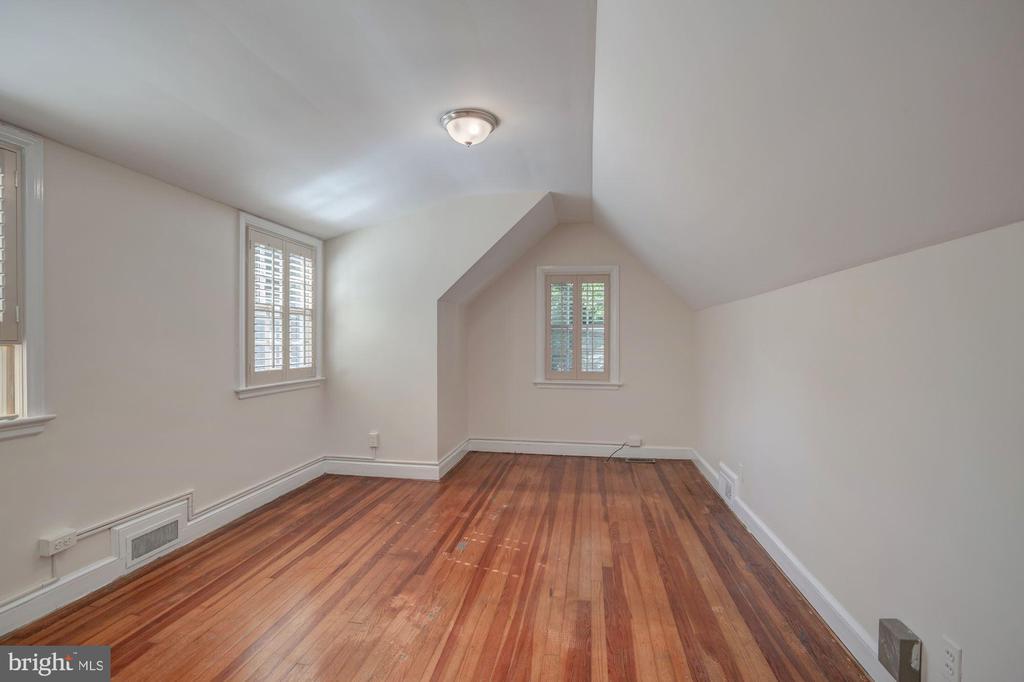 Bedroom #5 - 4960 HILLBROOK LN NW, WASHINGTON