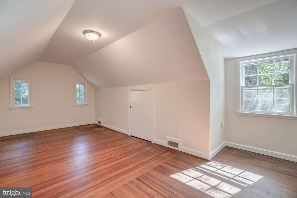 Bedroom #4 - 4960 HILLBROOK LN NW, WASHINGTON