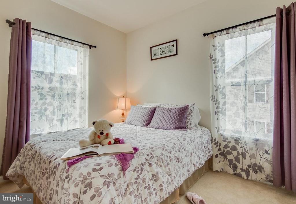 Bedroom 2 - 601 FOX RIVER HILLS WAY, GLEN BURNIE