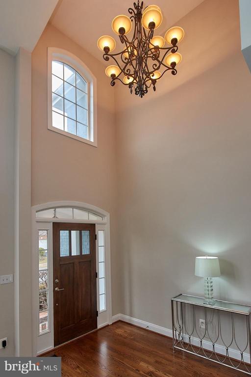 Beautiful 2 story foyer - 7616 CENTER ST, FALLS CHURCH