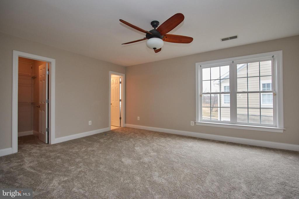 Bedroom #2 with ensuite Bathroom - 7616 CENTER ST, FALLS CHURCH