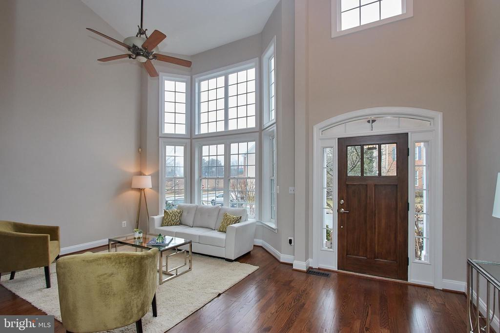 Welcoming Foyer opens to Living Room - 7616 CENTER ST, FALLS CHURCH