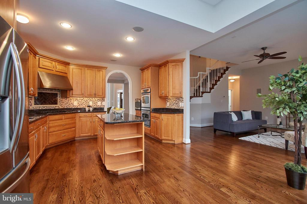 Gourmet Kitchen opens to Family Room - 7616 CENTER ST, FALLS CHURCH