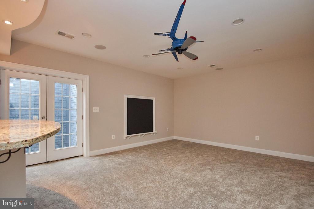 Bonus Family/ Recreation Room in Basement - 7616 CENTER ST, FALLS CHURCH