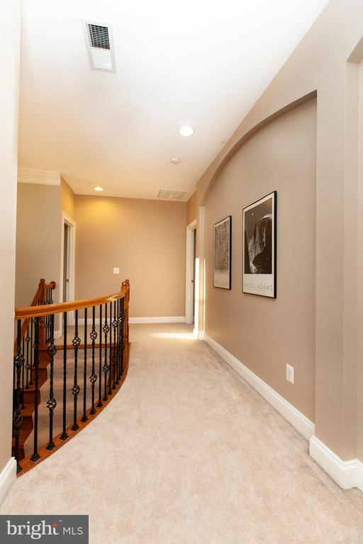 Upstairs Landing - 43341 CEDAR POND PL, CHANTILLY