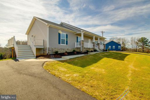 104 HICKORY HILL OVERLOOK CT