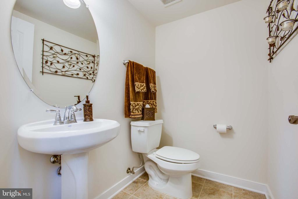 Main level half bath - 90 LUPINE DR, STAFFORD