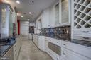 Viking warming oven, wine storage - 1200 CRYSTAL DR #1712, ARLINGTON