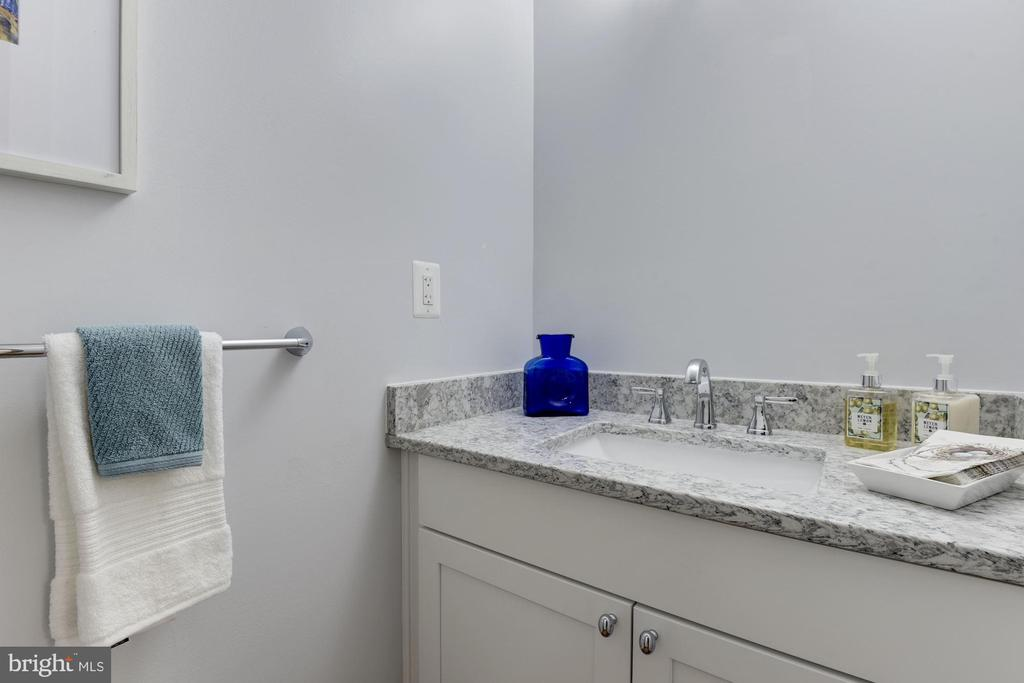 Powder Room with Granite Countertop - 10526 HUNTERS VALLEY RD, VIENNA