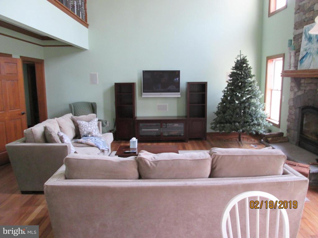 All flooring through out the home is upgraded - 12605 CRAWFISH HOLLOW  CT., MANASSAS