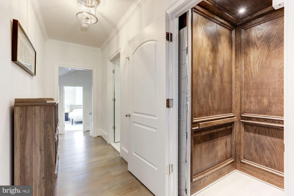 ELEVATOR - 9165 OLD DOMINION DR, MCLEAN