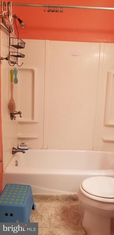 - 4345 IVYMOUNT CT #47, ANNANDALE