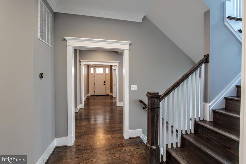 Main hallway, photo of similar model - 407 PLUM ST SW, VIENNA