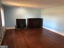 Southern view Mstr. w/ Fireplace & chest 27'x14'6