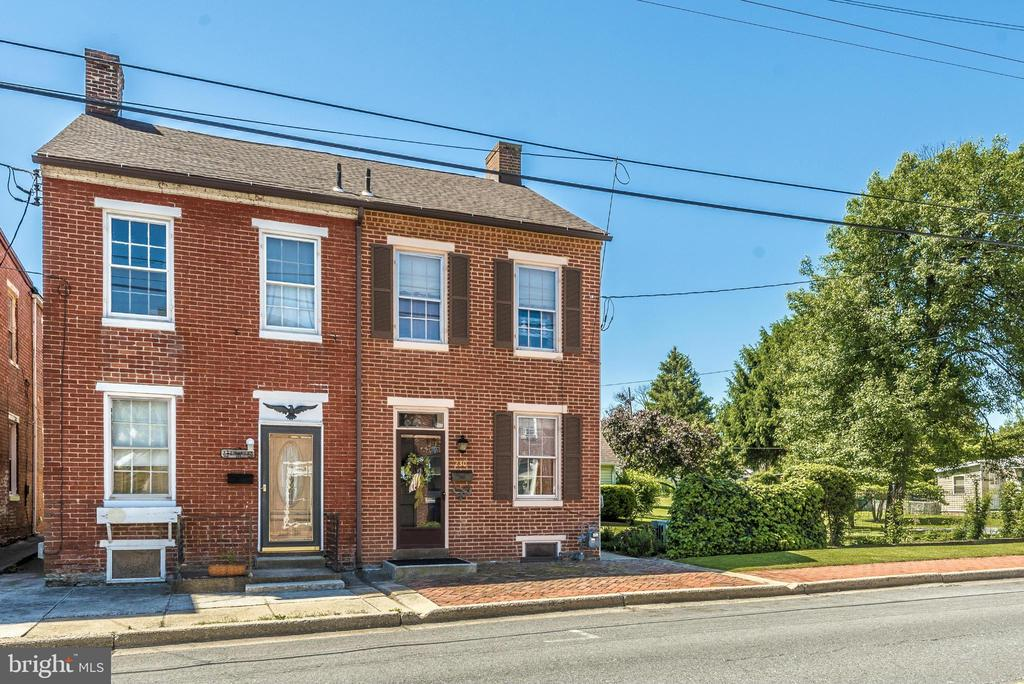 Exterior (Front) - 230 6TH ST E, FREDERICK