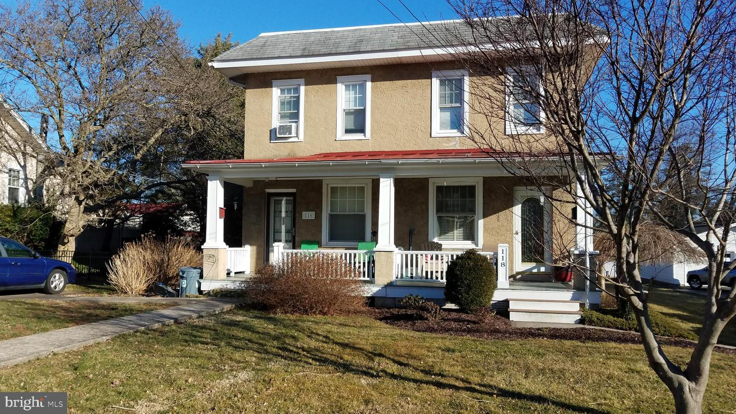Photo of home for sale at 116 5th Avenue, Collegeville PA