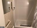 Full bathroom - 127 ROCK HILL CHURCH RD, STAFFORD