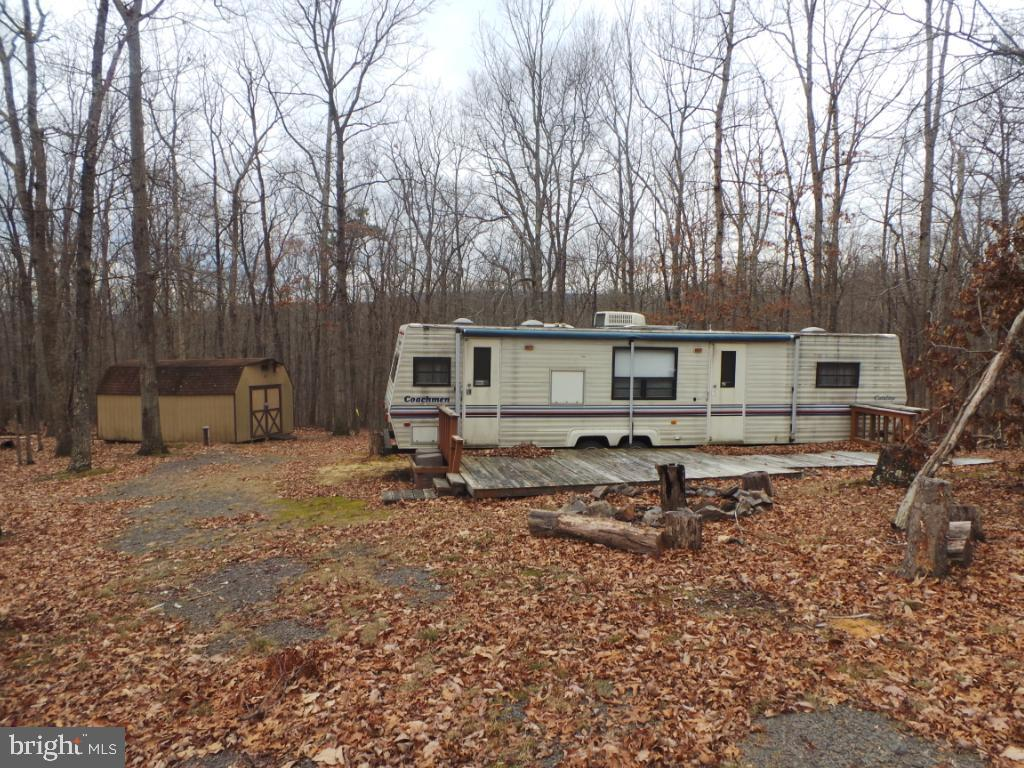 Land for Sale at Delog Way Great Cacapon, West Virginia 25422 United States