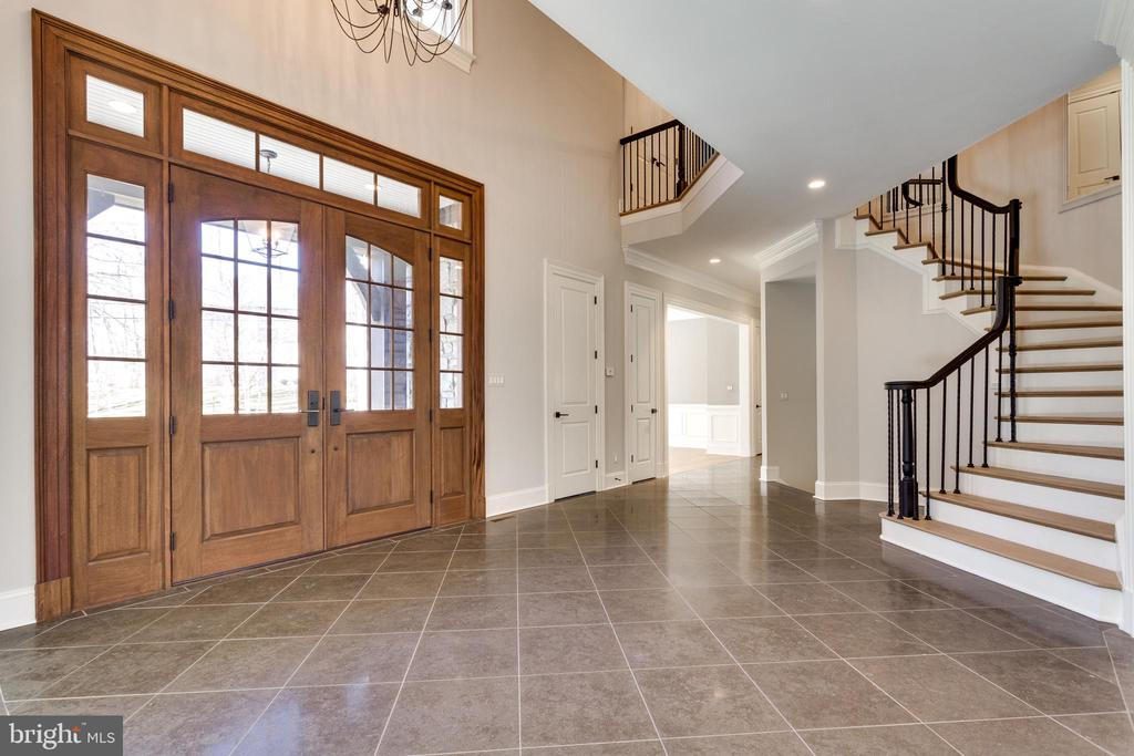 Foyer - 6707 WEMBERLY WAY, MCLEAN
