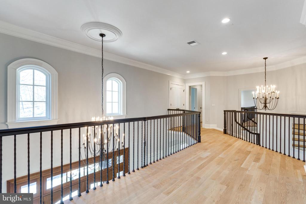 Upper level - 6707 WEMBERLY WAY, MCLEAN