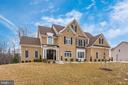 Gorgeous Front White Brick look! - 42617 NICKELINE PL, CHANTILLY
