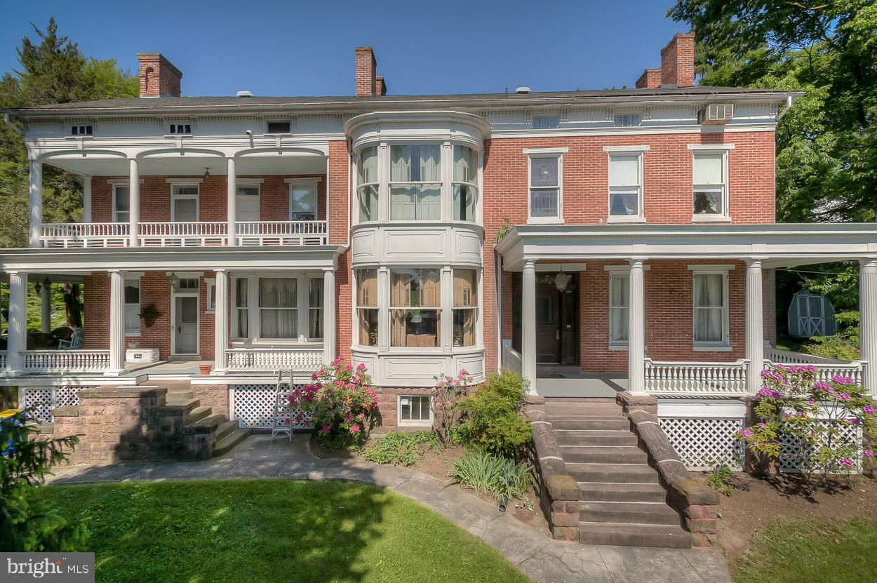 Single Family Homes για την Πώληση στο Emigsville, Πενσιλβανια 17318 Ηνωμένες Πολιτείες