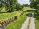 gates to form chute across drive to large field - 37354 JOHN MOSBY HWY, MIDDLEBURG