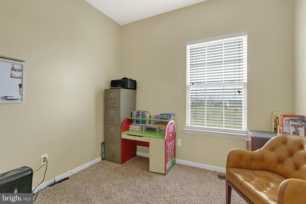 Office/extra bedroom - 2335 SWIFTWATER DR, HANOVER