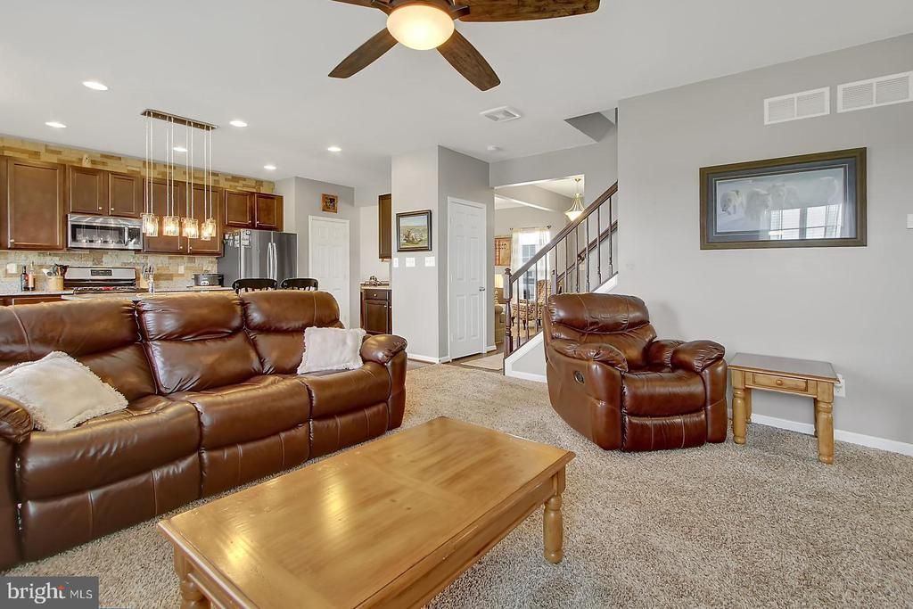 Family Room - 2335 SWIFTWATER DR, HANOVER
