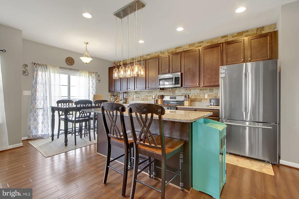 Kitchen - 2335 SWIFTWATER DR, HANOVER