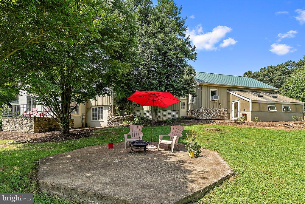 great spot for your hot tub or gazebo - 37354 JOHN MOSBY HWY, MIDDLEBURG