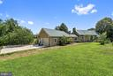 oversized garage w/ heat /a/c and sep drive - 37354 JOHN MOSBY HWY, MIDDLEBURG