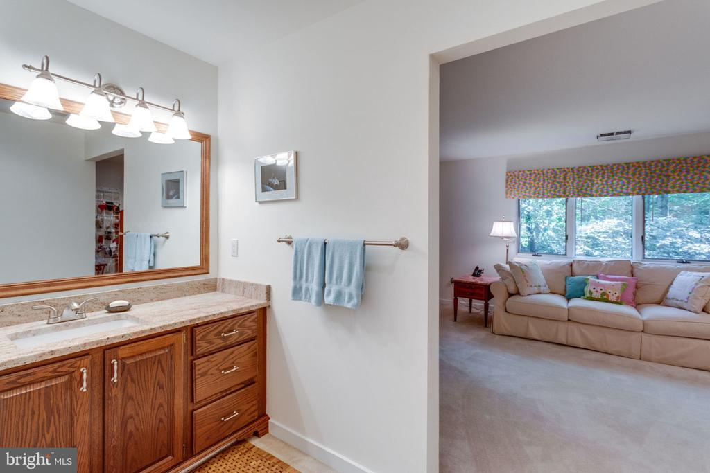 2nd Level Bedroom and Bath - 11298 SPYGLASS COVE LANE, RESTON
