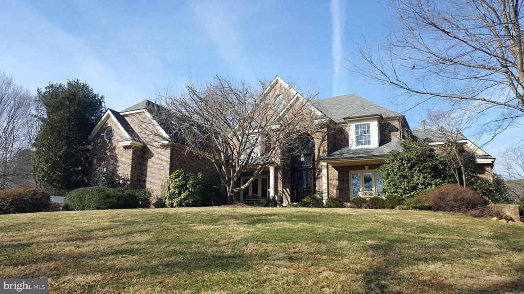 7442  FOXVIEW DRIVE, Warrenton, Virginia