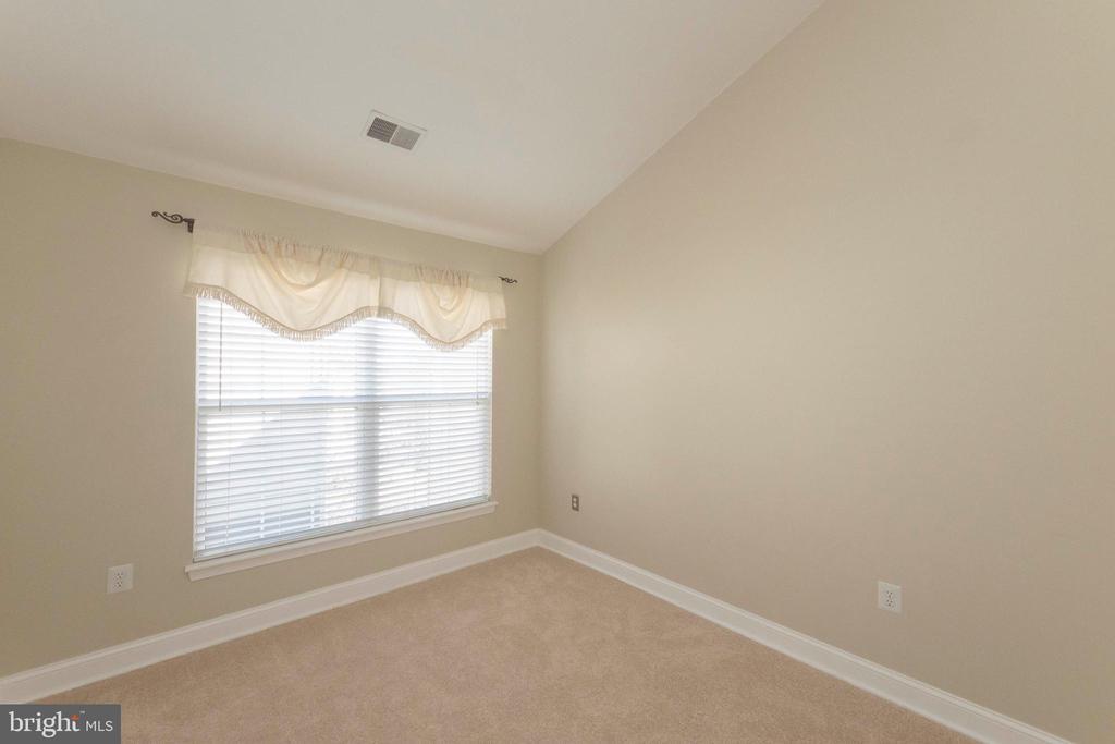 Bedroom 3 - 46675 ASHMERE SQ, STERLING