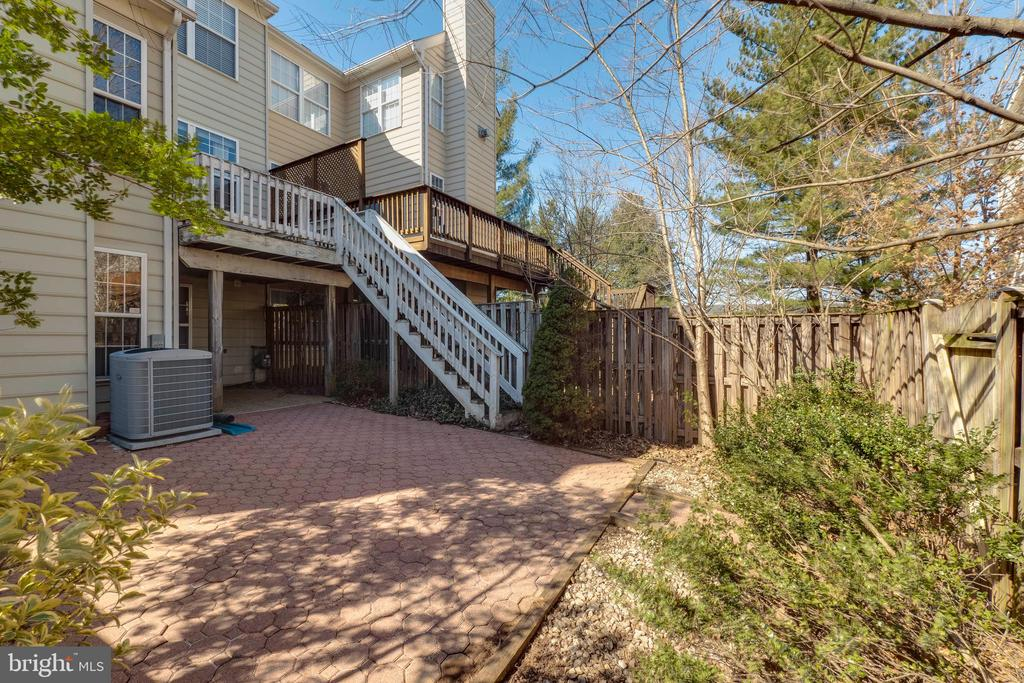 Deck - 46675 ASHMERE SQ, STERLING