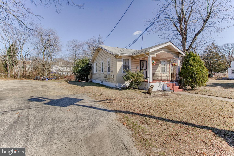 Villa per Vendita alle ore 227 THOMAS Avenue N Avenue Lawnside, New Jersey 08045 Stati Uniti