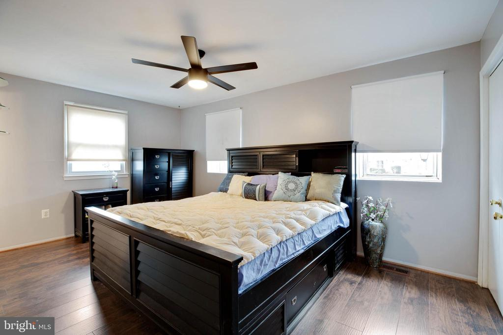 Master bedroom with updated flooring - 3806 PORT HOPE PT, TRIANGLE