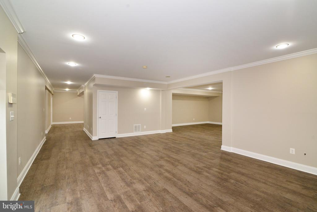 Rec/Game Room - 16333 LIMESTONE CT, LEESBURG
