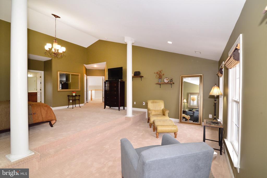 Master Sitting Room - 16333 LIMESTONE CT, LEESBURG