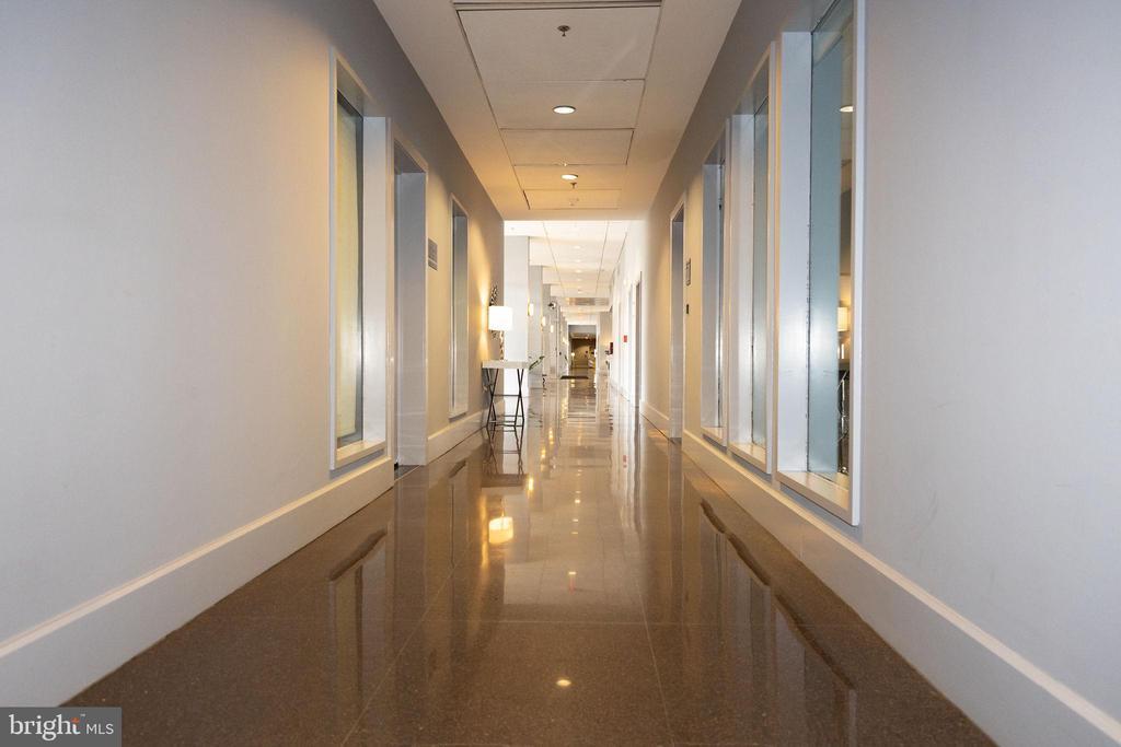 lobby - 800 4TH ST SW #S512, WASHINGTON