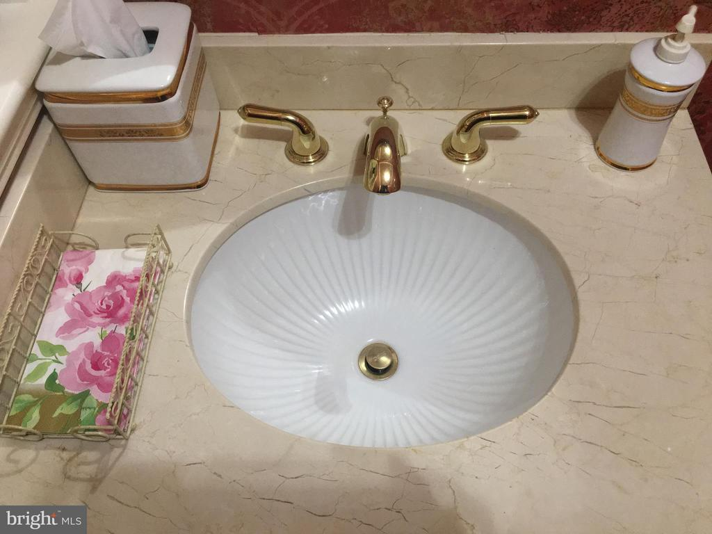 Custom porcelain sink~and marble top - 6142 WALKER'S HOLLOW, LOCUST GROVE